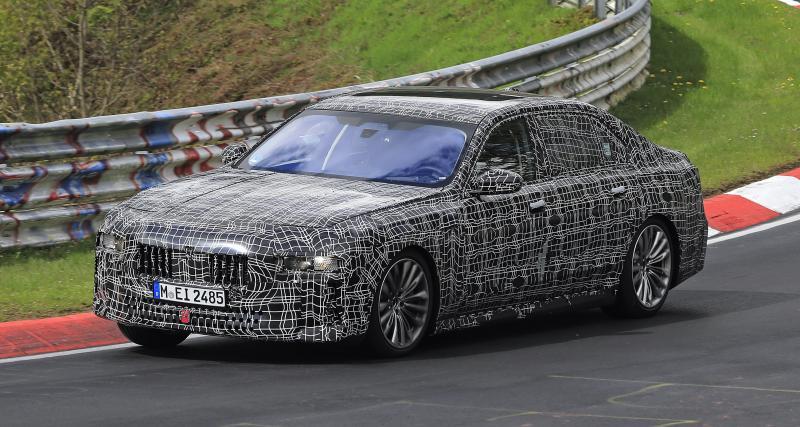 BMW Série 7 (2021) : la future berline de luxe aperçue à fond sur le Nürburgring