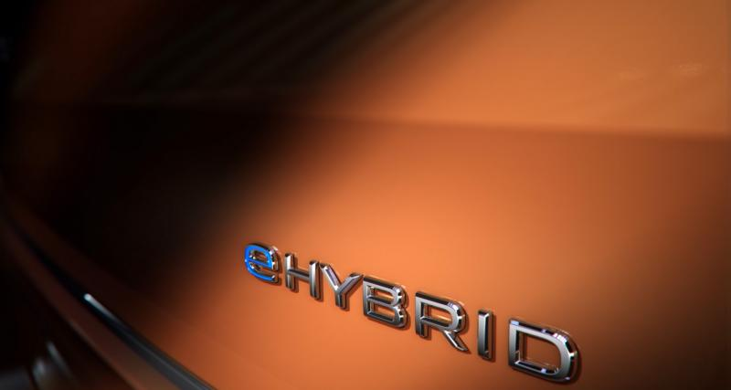 Volkswagen Multivan e-hybrid : le van familial pour la première fois en version hybride rechargeable