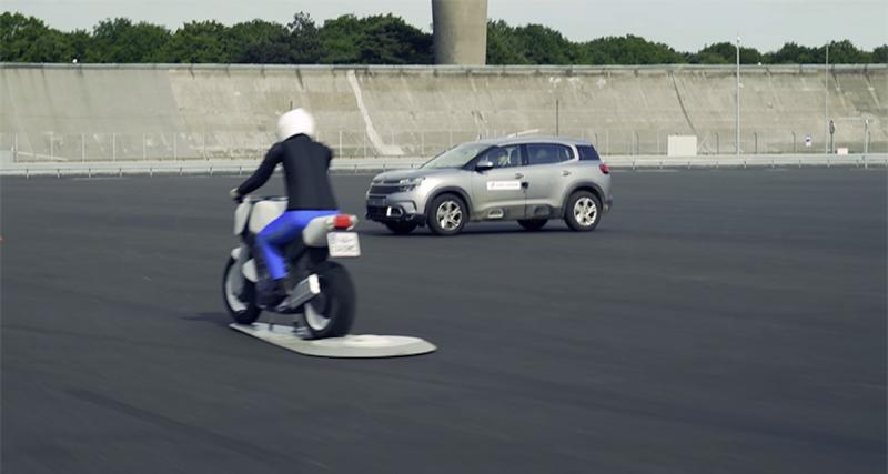La connectivité auto-moto mise en avant