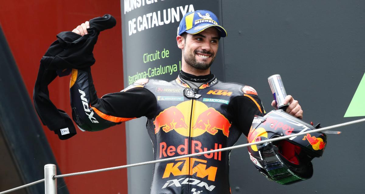 Grand Prix de Catalogne de MotoGP : la vidéo de l'hommage Jason Dupasquier lors du podium