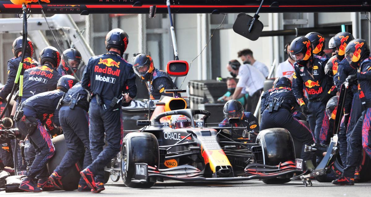 Grand Prix d'Azerbaïdjan de F1 : l'accident de Max Verstappen en vidéo
