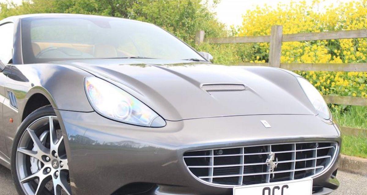 La Ferrari California de Hugh Grant est à vendre avec 43.000 km au compteur