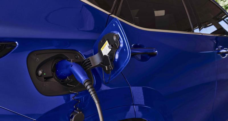 Premier modèle hybride rechargeable