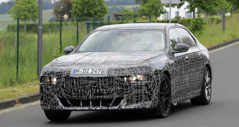 BMW i7 M60 : la future Série 7 aperçue près du Nürburgring