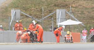 Grand Prix d'Allemagne de MotoGP : la double chute de Jorge Martìn et de Pol Espargaro aux essais libres 1 en vidéo