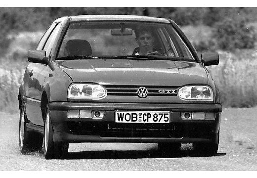 fiche technique volkswagen golf 150 gti 16s carat 3 portes. Black Bedroom Furniture Sets. Home Design Ideas