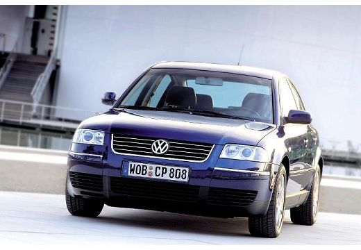 fiche technique volkswagen passat 2 5 v6 tdi 180 carat 4motion tiptronic a 4 portes d 39 occasion. Black Bedroom Furniture Sets. Home Design Ideas