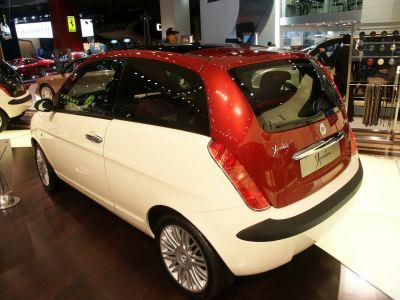 Lancia Ypsilon Bicolore