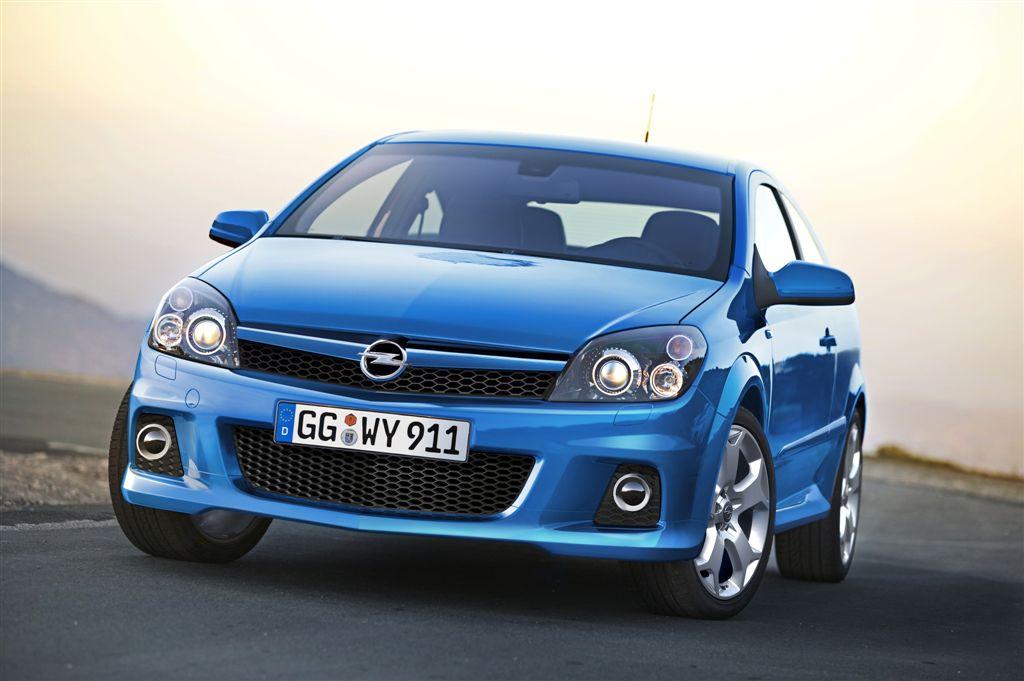 Opel Astra OPC modèle 2005