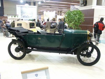 Peugeot - Retromobile 2005