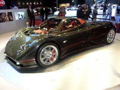 pagani zonda f roadster voici le cabriolet le plus puissant. Black Bedroom Furniture Sets. Home Design Ideas