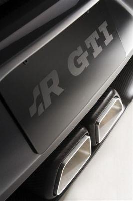 VW Golf R GTI