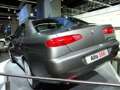 Alfa Roméo 166