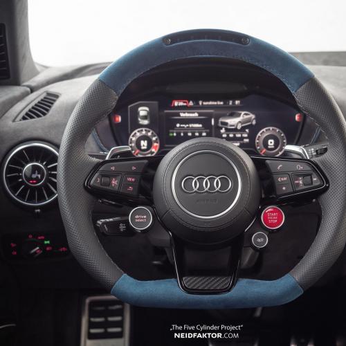 Audi TT RS par Neidfaktor