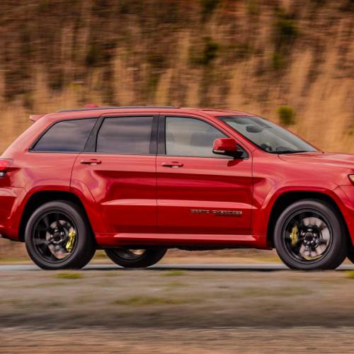 albums photos jeep grand cherokee trackhawk officiel 2017. Black Bedroom Furniture Sets. Home Design Ideas