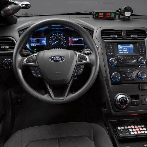 Ford Mondeo hybride de police