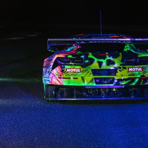 24 heures du mans 2017 une chevrolet corvette c7r art car au d part. Black Bedroom Furniture Sets. Home Design Ideas