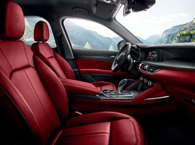 Alfa Romeo Stelvio (essai - 2017)