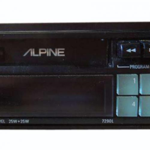 Alpine Electronics 50 ans de car audio