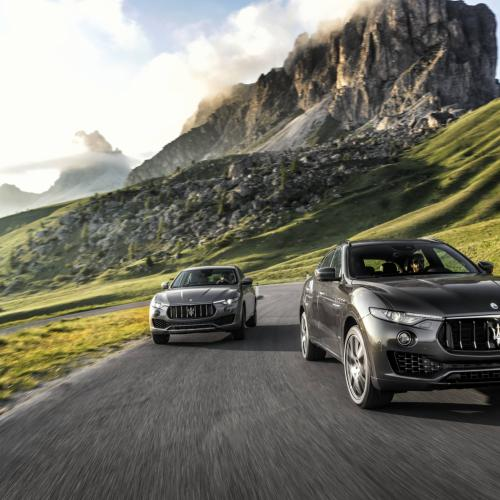 albums photos maserati levante essai 2017. Black Bedroom Furniture Sets. Home Design Ideas