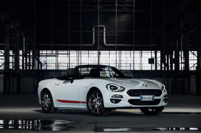 Fiat 124 Spider S-Design et Abarth 124 GT