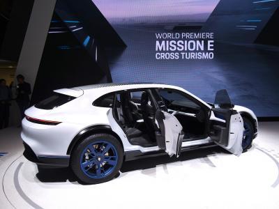 Porsche Mission E Cross Turismo | nos photos depuis le salon de Genève 2018