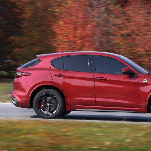albums photos alfa romeo stelvio quadrifoglio essai 2018. Black Bedroom Furniture Sets. Home Design Ideas