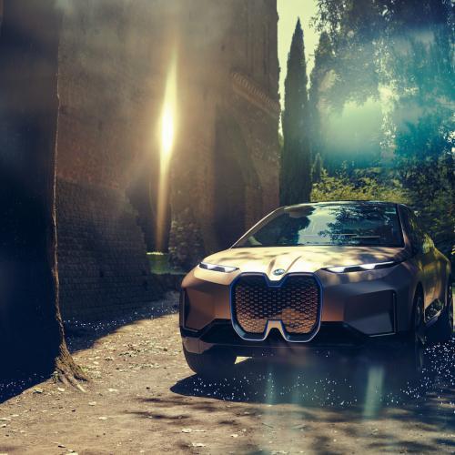 BMW Vision iNEXT   les photos officielles du véhicule électrique et autonome