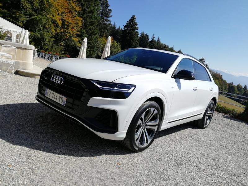 albums photos audi q8 nos photos du suv coup. Black Bedroom Furniture Sets. Home Design Ideas