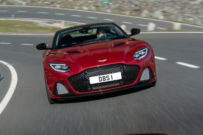 Aston Martin DBS Superleggera | les photos de la version Hyper Red