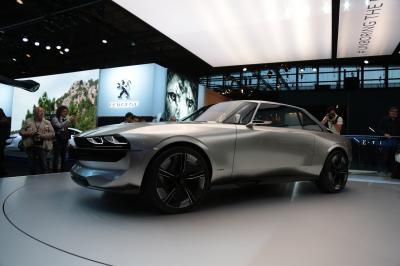 Peugeot e-Legend   nos photos depuis le Mondial de l'Auto 2018