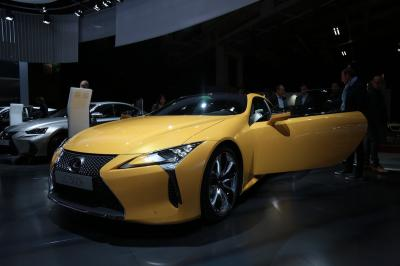 Lexus LC 500h Yellow Edition | nos photos depuis le Mondial de l'Auto 2018