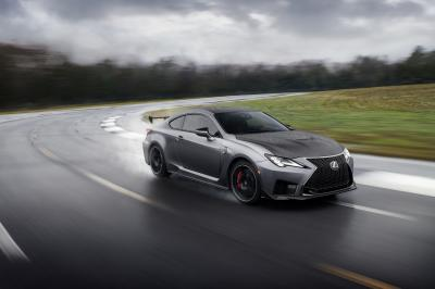 Lexus RC F Track Edition | les photos officielles du coupé sportif