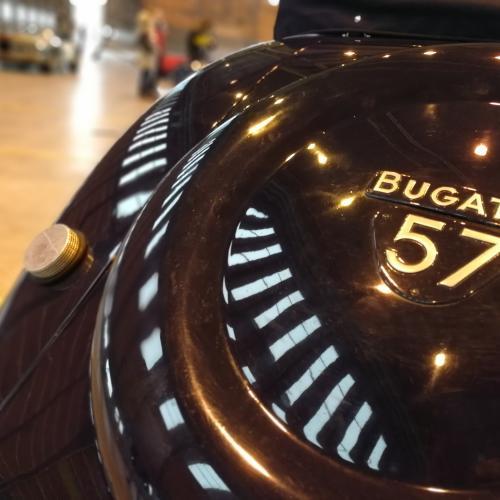 Bugatti 57C Cabriolet par Gandloff   nos photos