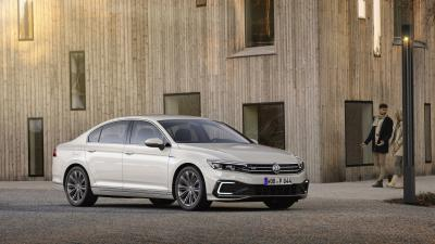 Volkswagen Passat GTE | les photos officielles de la version hybride