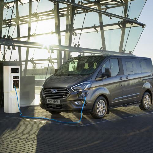 Ford Tournéo | les photos officielles du minibus de 8 places
