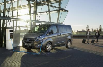 Ford Tournéo | les photos officielles du minibus de 8 places