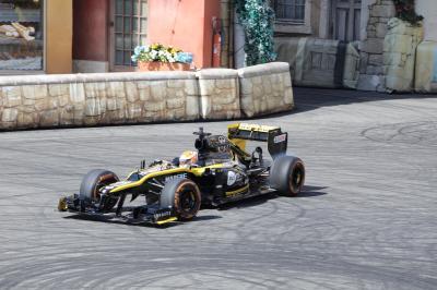 Grand Prix de France x Renault F1 | les photos du Roadshow à Disneyland Paris