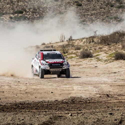 Fernando Alonso au volant du Toyota Hilux   les photos de l'essai en Afrique du Sud