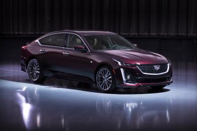 Cadillac CT5 | les photos officielles des versions sport et Premium