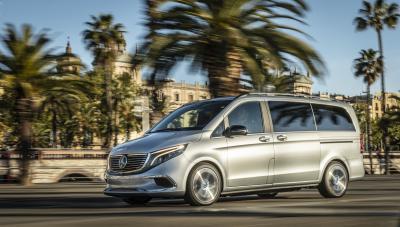 Mercedes EQV | les photos du concept électrique en balade à Barcelone