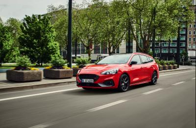 Ford Focus ST | les photos officielles de la version SW