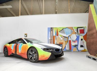 BMW i8 | les photos de l'oeuvre signée Thomas Scheibitz