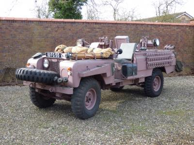 Land Rover Series 2A Pink Panther | les photos du SAS de l'armée anglaise