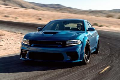 Dodge Charger | les photos officielles des versions SRT Hellcat et Scat Pack