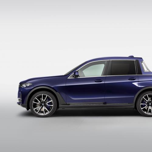BMW X7 pick-up et BMW F 850 GS | Les photos officielles de ce couple unique pick-up/moto