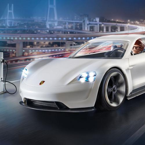 Porsche Mission E   les photos de la version Playmobil