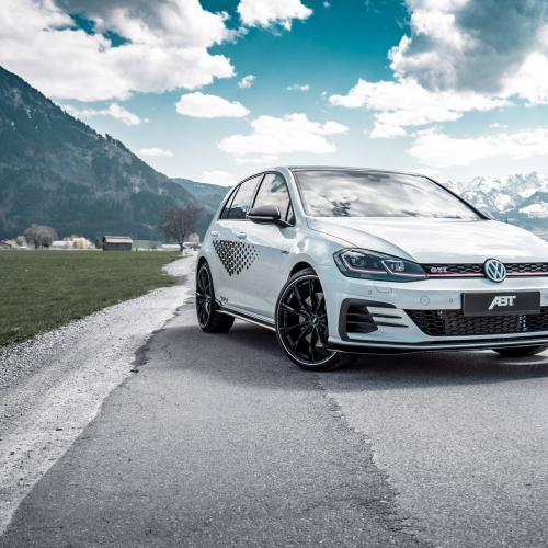 Volkswagen Golf GTI ABT l Les photos de la compacte sportive préparée par ABT
