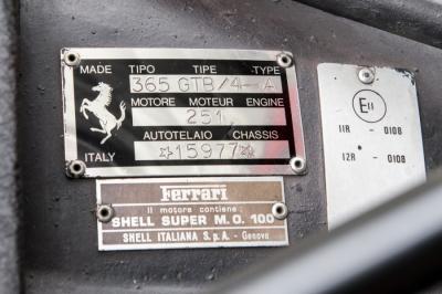 Ferrari 365 GTB /4 Daytona ayant appartenu à Elton John en vente