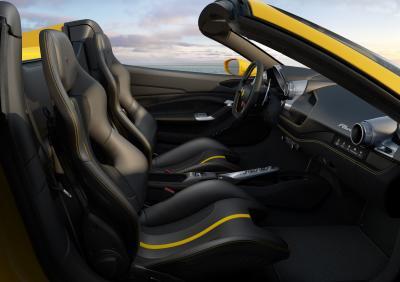Ferrari F8 Spider : toutes les photos officielles